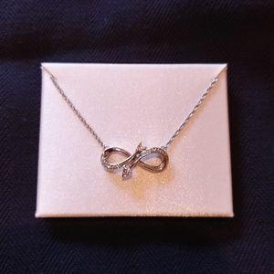 💖 Infinitey diamond necklace 💖